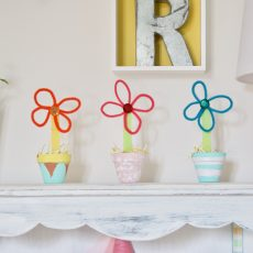 Welcome Spring with these Fun Crafts for the Kids!
